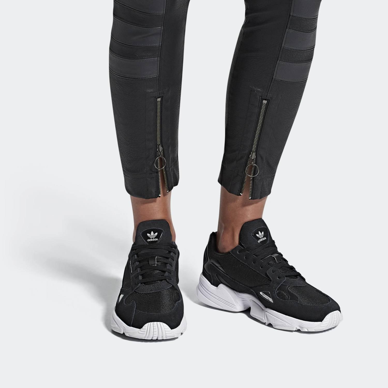 adidas Originals Falcon Women's Shoes (9000022374_7620)