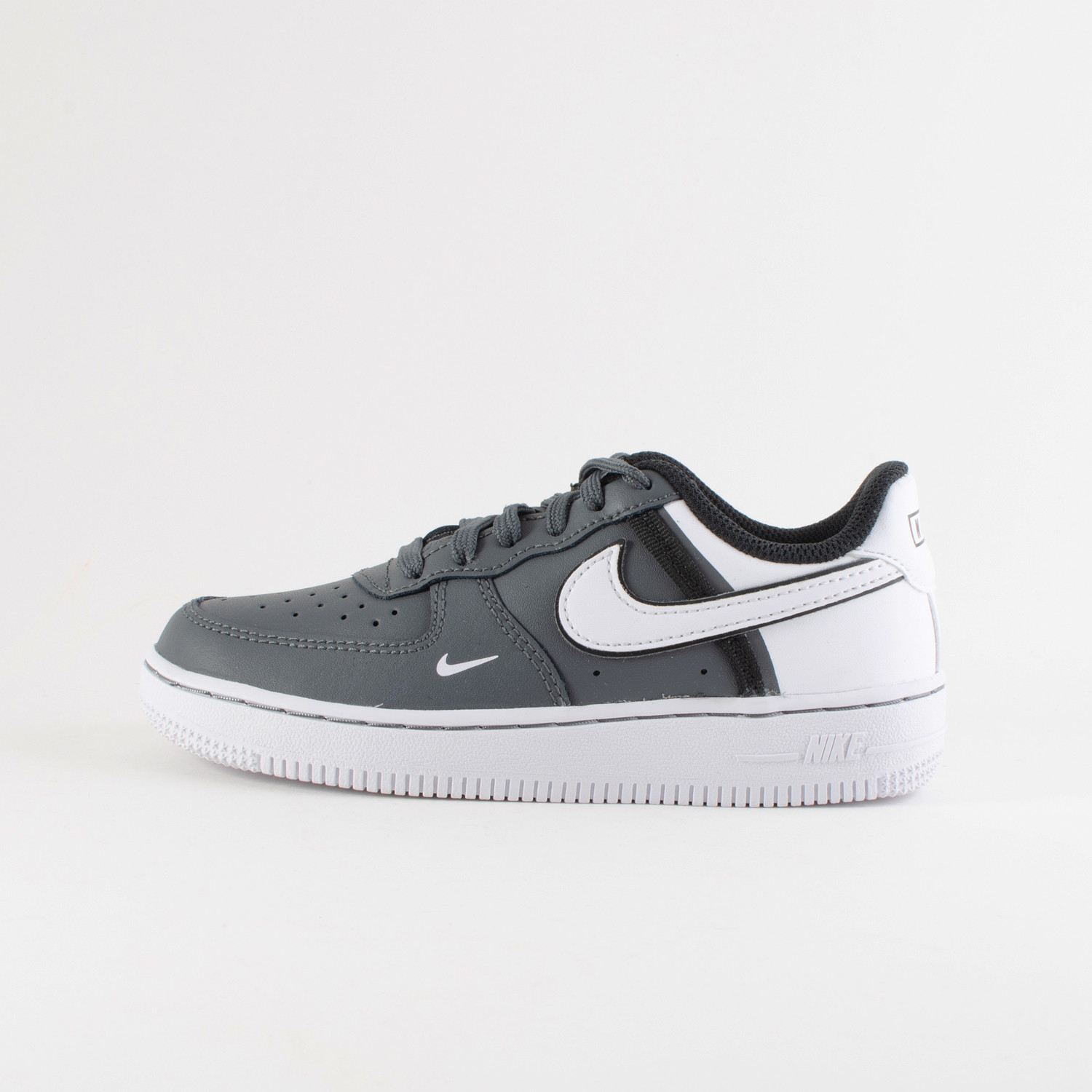 Nike Air Force 1 LV8 2 Kids' Shoes (9000035737_28726)