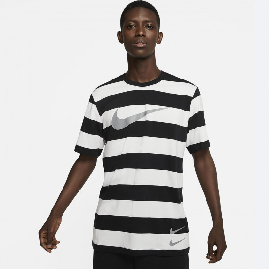 Nike Sportswear Swoosh Men's Striped T-Shirt