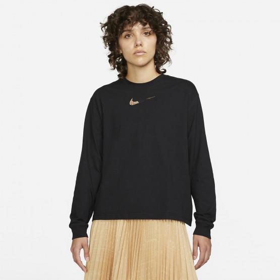 Nike Sportswear Women's Long Sleeve T-Shirt