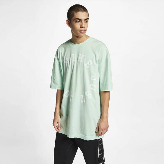 Nike Men's Sportswear Washed Out T-shirt